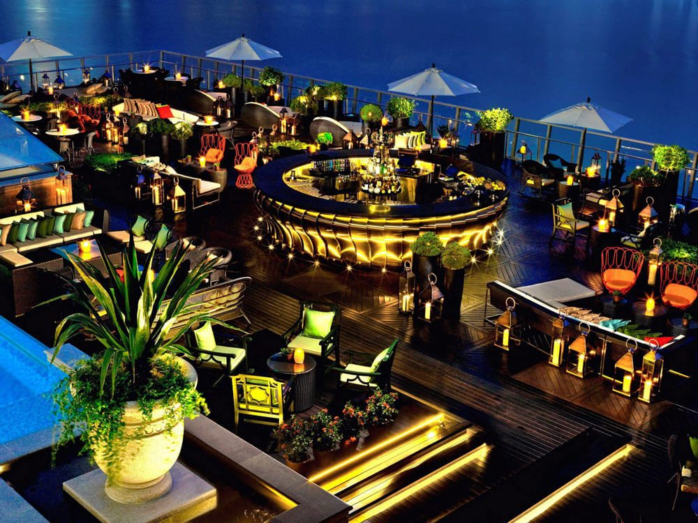 Scenery/Skylines: Lantern - The Fullerton Bay Hotel Singapore is one of PT Picks' World's Top 10 Rooftop Bars featured in the February/March issue of Premier Traveler. MARKETWIRED PHOTO/JARP Publishing